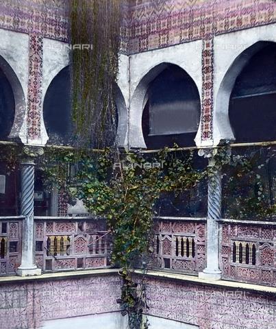 UIG-F-030919-0000 - Veduta delù cortile interno del museo di Algeri. - Data dello scatto: 1920 - United Archives / UIG/Archivi Alinari
