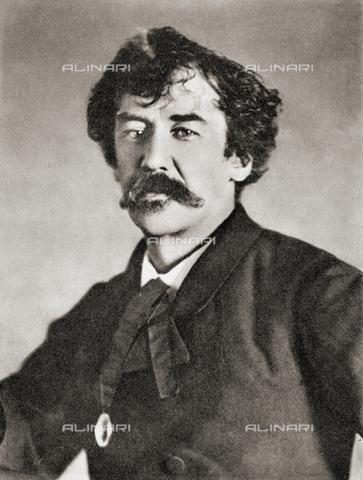 UIG-F-031103-0000 - Portrait of the American painter James Abbott McNeill Whistler (1834-1903) - UIG/Alinari Archives