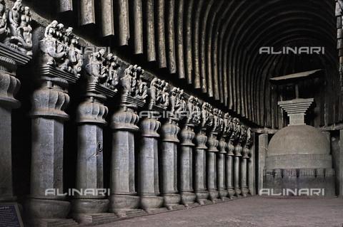 UIG-F-031111-0000 - Colonnade of a Buddhist shrine in the Karli caves near Lonavala, Maharashtrae - AnilDave / Dinodia Photo Library Pvt. Ltd. / UIG/Alinari Archives
