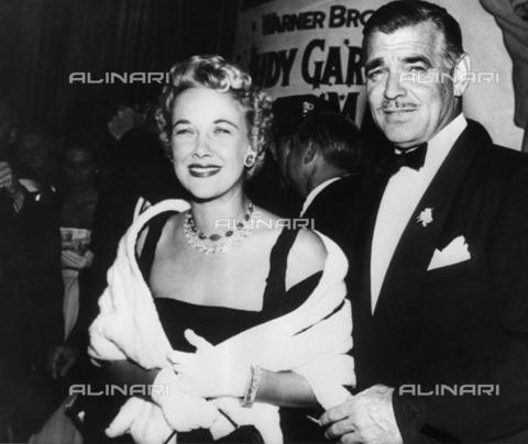ULL-F-043213-0000 - American actor Clark Gable (1901-2960) with his fifth wife, Kay Spreckels - Data dello scatto: 1960 - amw / Ullstein Bild / Alinari Archives