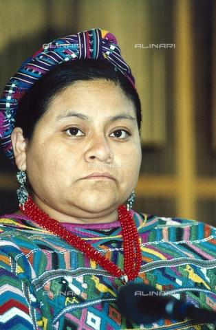 ULL-F-090495-0000 - Rigoberta Menchú Tum (1959-), Guatemalan pacifist, Nobel Peace Prize in 1992 - Knippertz / Ullstein Bild / Alinari Archives