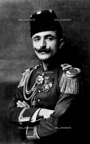 ULL-F-156213-0000 - Portrait of Ismail Enver, also known as Ismail Pasha or Enver Pasha or Enver Bey (1881-1922), military and politician, Turkish War Minister - Data dello scatto: 1910 - The Estate of Emil Bieber / Klaus Niermann / Ullstein Bild / Alinari Archives