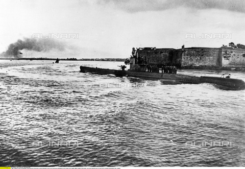 ULL-F-438630-0000 - The German submarine base in Lorient, in Brittany - Data dello scatto: 1940 - Ullstein Bild / Alinari Archives