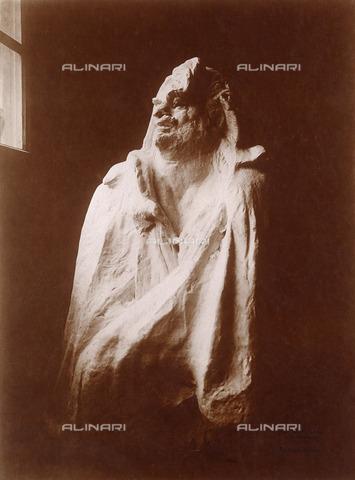 ULL-F-446769-0000 - Monument to the writer Honoré de Balzac, detail, Auguste Rodin (1840-1917), Paris - Ullstein Bild / Alinari Archives