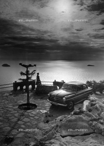 ULL-F-800919-0000 - Vacation on the Mediterranean Sea in Italy - Data dello scatto: 1956 - Ullstein Bild / Alinari Archives