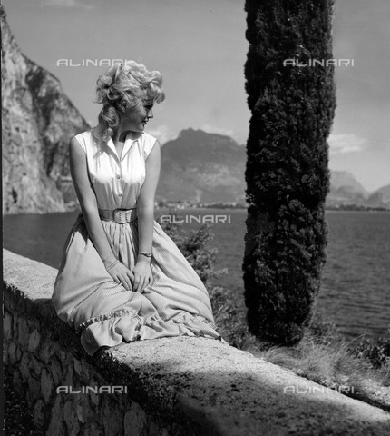 ULL-F-827168-0000 - Vacation on Lake Garda - Data dello scatto: 1958 - Ullstein Bild / Alinari Archives
