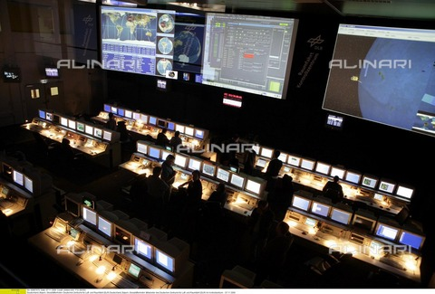 ULL-F-867670-0000 - Centro di controllo spaziale tedesco (DLR), Germania, Bayern Monaco, 7 Novembre 2006 - Data dello scatto: 1 Settembre 2003 - P.S.I.BONN / Ullstein Bild / Archivi Alinari