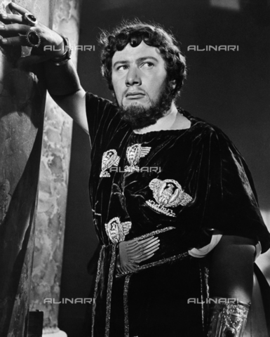 "ULL-S-000108-6152 - Peter Ustinov (1921-2004) plays Nero in the film ""Quo vadis"", directed by Mervyn LeRoy, USA, Metro-Goldwyn-Mayer (MGM) - Data dello scatto: 1950 ca. - Ullstein Bild / Alinari Archives"