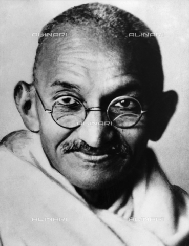 ULL-S-000108-7324 - The leader of the Indian independence movement Mahatma Gandhi (1869-1948) - Data dello scatto: 1945 - Ullstein Bild / Alinari Archives