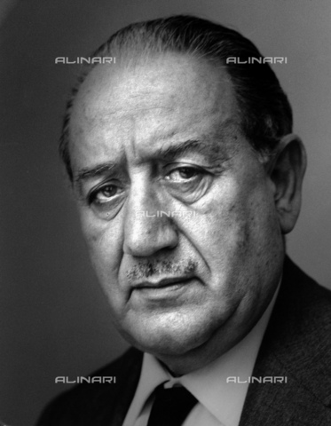 ULL-S-000165-7440 - The Italian writer Ignazio Silone (1900-1978) - Data dello scatto: 1970 ca. - Fondation Horst Tappe / Ullstein Bild / Alinari Archives