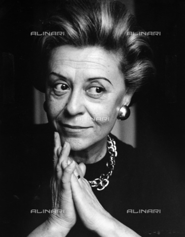 ULL-S-000166-5083 - The actress Giulietta Masina (1921-1994) wife of the director Federico Fellini (1920-1993) - Data dello scatto: 1985 - Fondation Horst Tappe / Ullstein Bild / Alinari Archives
