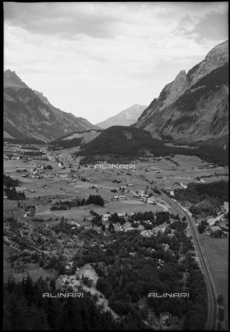 ULL-S-000684-0842 - Kandersteg - Data dello scatto: 21/08/1950 - RDB / Lörtscher / Ullstein Bild / Alinari Archives