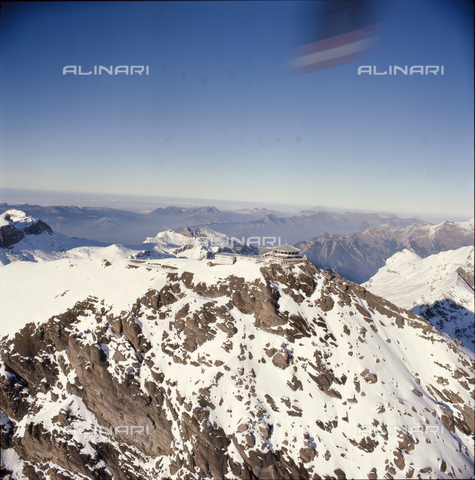 ULL-S-000724-8613 - The Piz Gloria restaurant on the Schilthorn - Data dello scatto: 01/10/1968 - RDB / Ullstein Bild / Alinari Archives