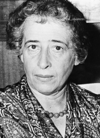 ULL-S-000728-7004 - Hannah Arendt (1906-1975), philosopher and politologist - RDB / Ullstein Bild / Alinari Archives