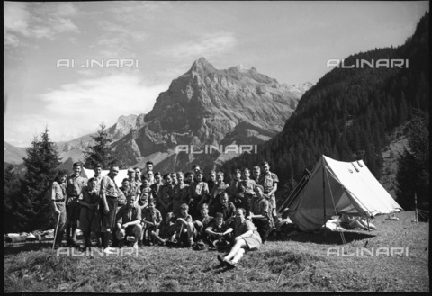ULL-S-000733-2189 - English Scouts during a summer camp in Kandersteg - Data dello scatto: 21/08/1950 - RDB / Lörtscher / Ullstein Bild / Alinari Archives