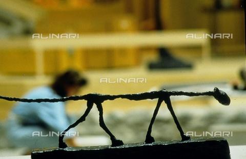 ULL-S-000753-3399 - Sculpture by Alberto Giacometti (1901-1966) - RDB / Ullstein Bild / Alinari Archives