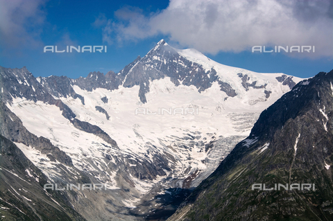 ULL-S-000786-9184 - The Aletsch Glacier on the southern slope of the Bernese Alps in the Canton of Valais in Switzerland - Data dello scatto: 19/07/2013 - McPHOTO / Uwe Gernhoefer / Ullstein Bild / Alinari Archives