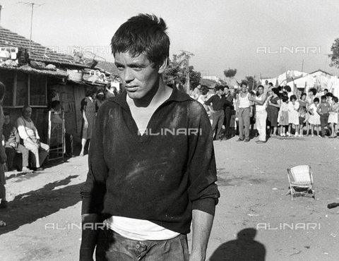 "ULL-S-040188-8365 - The actor Franco Citti in a scene of the film ""Accattone"" of 1961, directed by Pier Paolo Pasolini - Data dello scatto: 1961 - United Archives/ PictureLux/ T / Ullstein Bild / Alinari Archives"