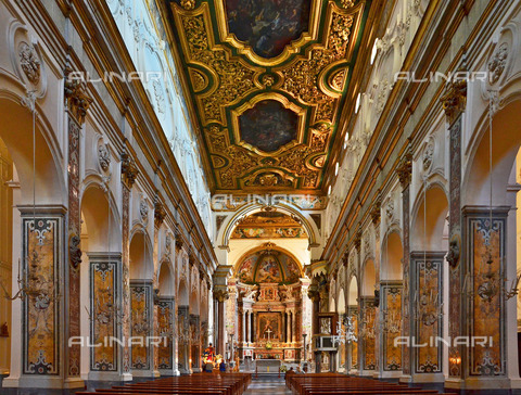 ULL-S-100774-8931 - Navata of the cathedral of Sant'Andrea, cathedral of Amalfi - Data dello scatto: 05/05/2014 - Ihlow / Ullstein Bild / Alinari Archives
