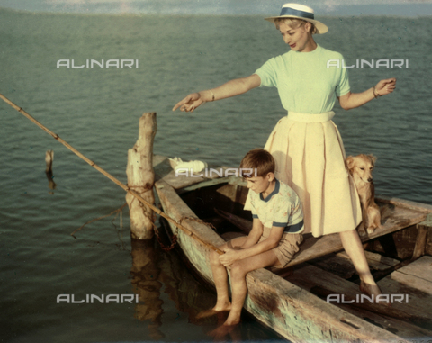 VAA-F-003650-0000 - Young woman and a child taken while fishing