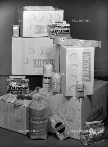 VBA-S-004927-0004 - Pasta La Faraona; advertising image of the Bodonian Lithograph - Date of photography: 26/09/1961 - Alinari Archives-Villani Archive, Florence