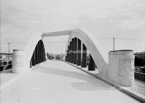 VBA-S-A00036-0006 - View of the road bridge line Bologna-Portomaggiore, Bologna