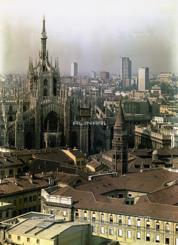 VBA-S-D000B9-0007 - Cathedral, Milan