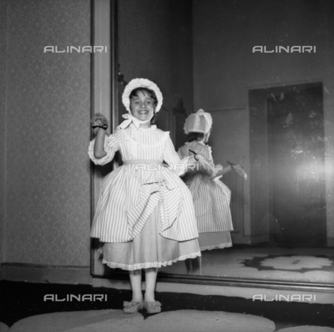 VBA-S-F05782-0061 - Masked children at a party