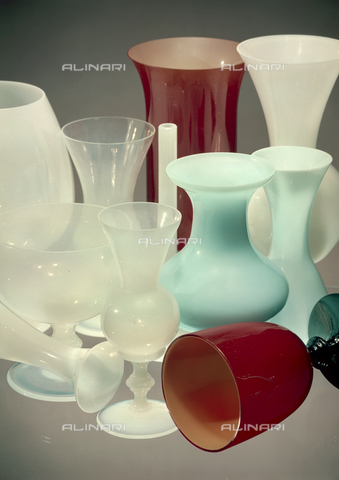"""VBA-S-M00M21-B193 - """"Compositions: colored vases"""" - Date of photography: 1955-1960 ca. - Alinari Archives-Villani Archive, Florence"""