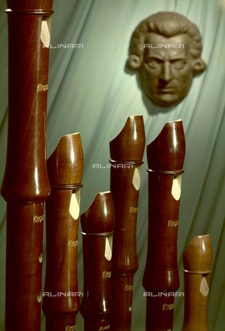 "VBA-S-M00M69-0022 - ""Composition - flutes"" - Date of photography: 1955-1960 ca. - Alinari Archives-Villani Archive, Florence"