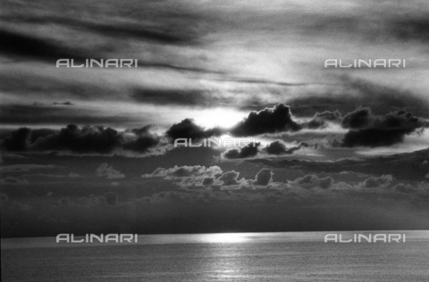 VZA-F-000148-0000 - Veduta marina - Data dello scatto: 1950 ca. - Raccolte Museali Fratelli Alinari (RMFA)-archivio Vannucci Zauli, Firenze