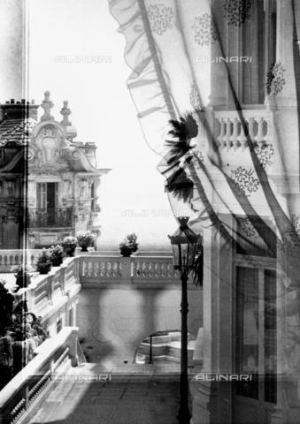 VZA-F-000162-0000 - Veduta da una finestra di Monte Carlo - Data dello scatto: 1968 ca. - Raccolte Museali Fratelli Alinari (RMFA)-archivio Vannucci Zauli, Firenze