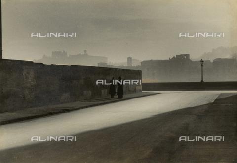 VZA-F-000520-0000 - Solitudine - Data dello scatto: 1941 - Raccolte Museali Fratelli Alinari (RMFA)-archivio Vannucci Zauli, Firenze
