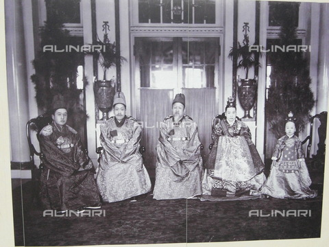 WHA-S-WHA041-0787 - Gojong the Emperor Gwangmu 1852  21 January 1919) was the twenty-sixth king of the Korean Joseon Dynasty and the first emperor of the Korean Empire. - World History Archive/Alinari Archives