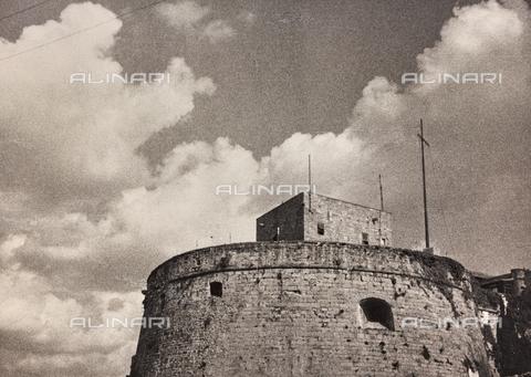 WSA-F-004716-0000 - Torre del Castello di San Giusto sul colle omonimo a Trieste - Data dello scatto: 1890-1900 - Archivi Alinari, Firenze