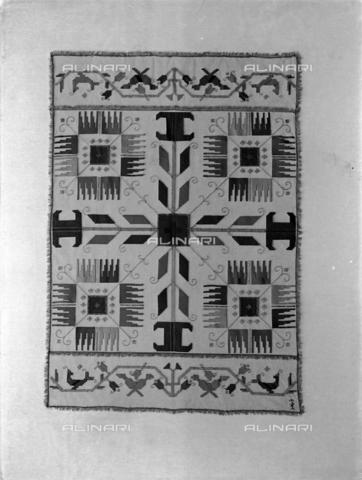 WWA-F-001875-0000 - A tapestry created by Anita Pittoni - Data dello scatto: 1940 - Archivi Alinari, Firenze