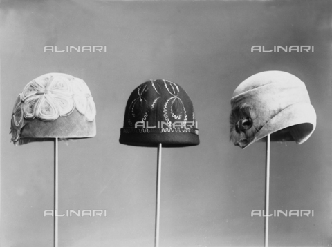 WWA-F-002001-0000 - Three hats from the 30's