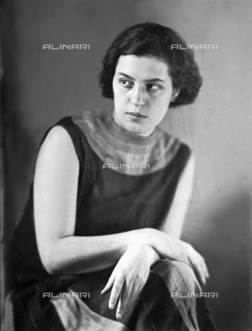 WWA-F-003002-0000 - Portrait of Anita Pittoni - Data dello scatto: 1933 ca - Archivi Alinari, Firenze