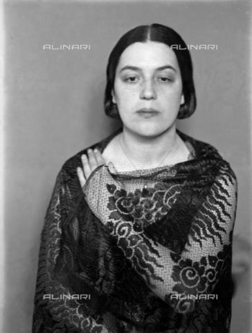 WWA-F-003003-0000 - Portrait of Anita Pittoni - Data dello scatto: 1933 ca - Archivi Alinari, Firenze