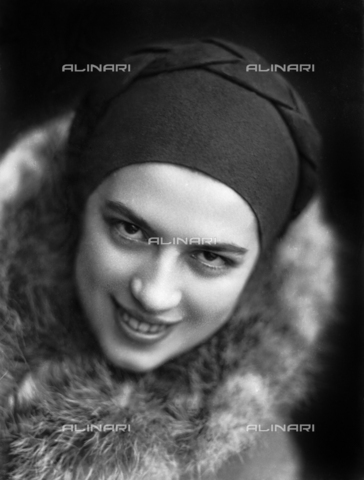 WWA-F-003004-0000 - Portrait of Anita Pittoni - Data dello scatto: 1940 ca - Archivi Alinari, Firenze