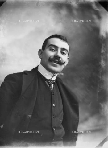 tca-f-000833-0000 - Alfredo Trombetta - Data dello scatto: 1909 ca. - Archivi Alinari-donazione Trombetta, Firenze