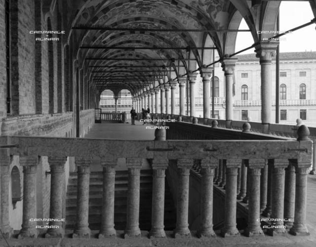 Padova 0103 BN Piazza delle Erbe Palazzo della Ragione