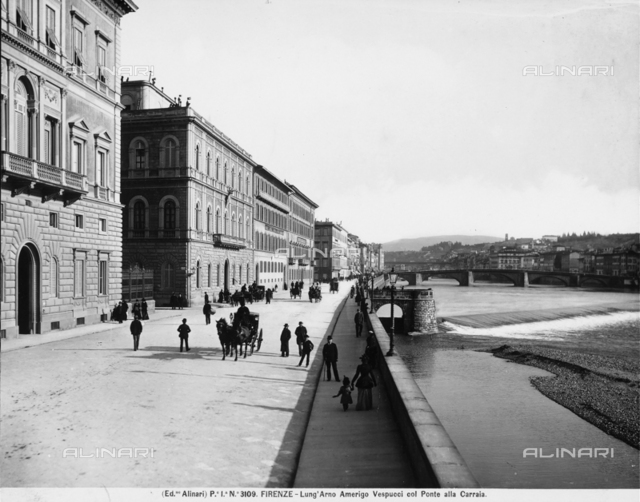 The Lungarno Amerigo Vespucci and the Ponte alla Carraia of Florence