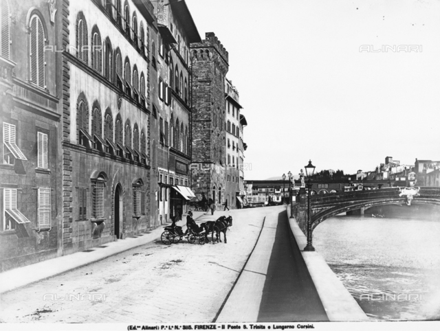 The Lungarno Corsini and the ponte S.Trinita in Florence