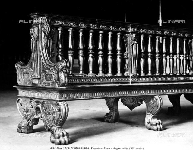 Double seated bench, National Picture Gallery. Lucca