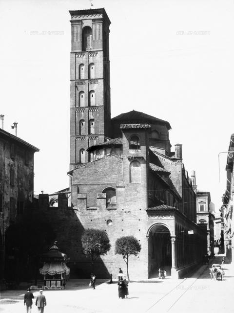 Church of San Giacomo Maggiore, Bologna.