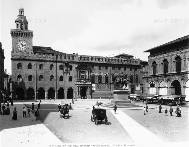 Municipal Building, Bologna
