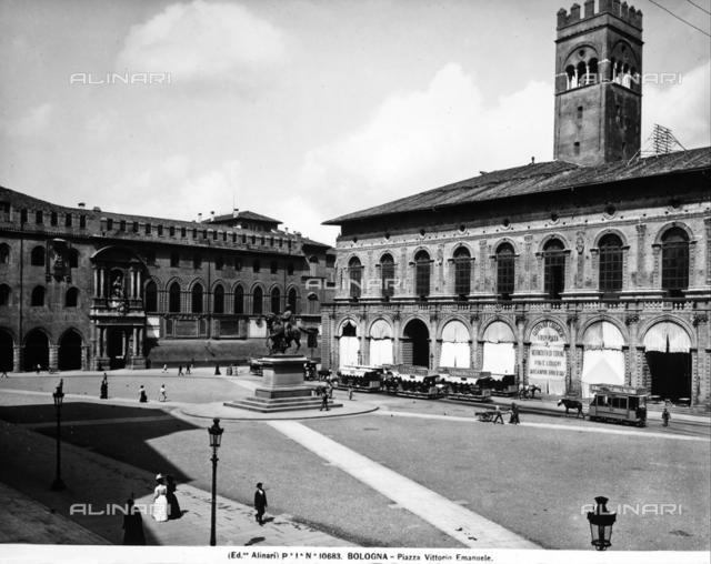 Piazza Vittorio Emanuele in Bologna