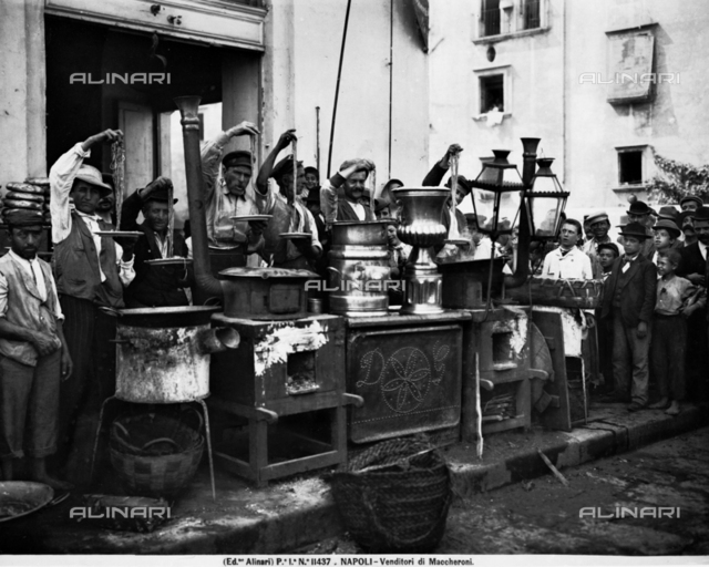 Macaroni-sellers in Naples