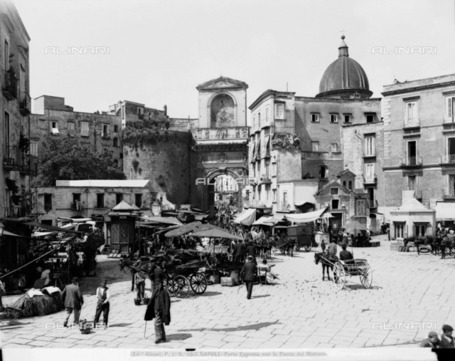 Porta Capuana, Naples